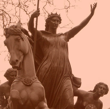 Sculpture of Boudicca (Boadicea) on the Thames Embankment on her chariot with her two daughters