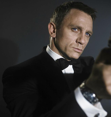 James Bond in a black suit in Camino Royale