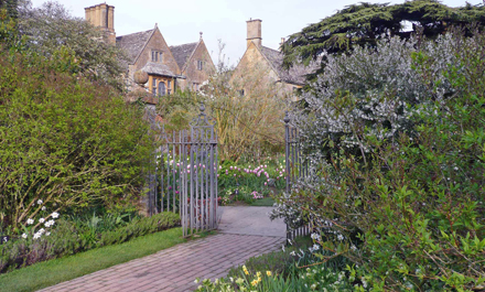 albion_hidcote_manor_bb.jpg