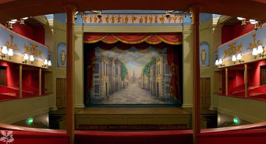 cr_theatreroyal_burystedmunds.jpg