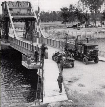 f_wwii_pegasus_bridge.jpg
